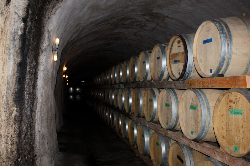 Wine caves at Road 31
