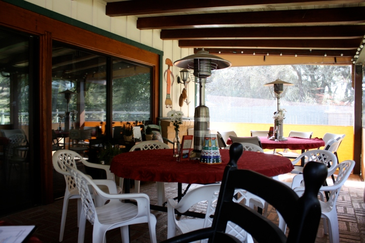The back patio at Per Cazo Cellars where we enjoyed a long, leisurely visit...