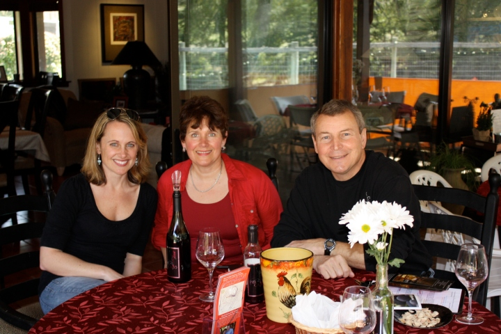 Enjoying a wonderful wine tasting experience with Lynne and Dave Teckman of Per Cazo Cellars