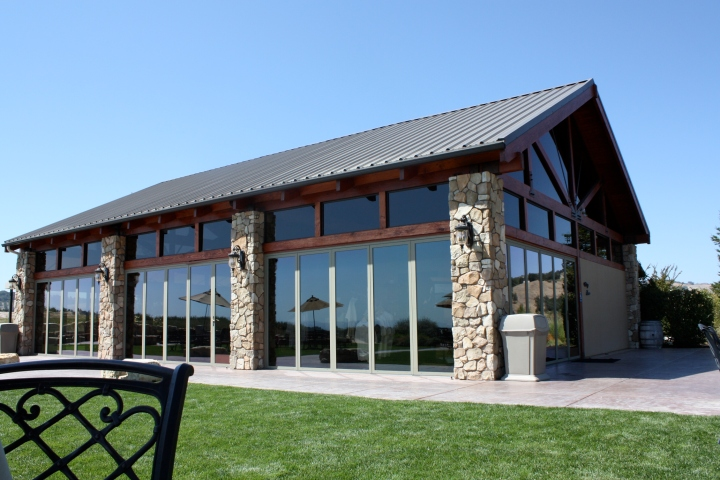 Lloyd's Lookout - the gorgeous tasting room at Calcareous Vineyard
