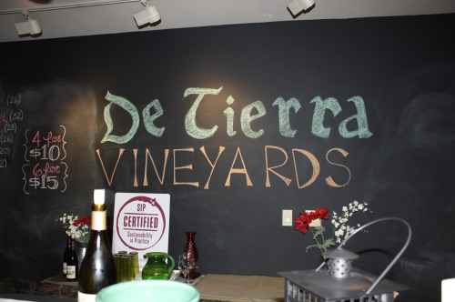 De Tierra Vineyards