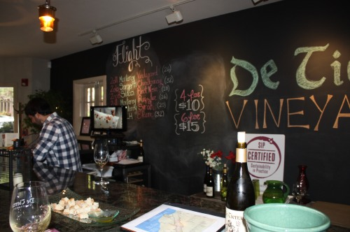 Inside the De Tierra Vineyards tasting room